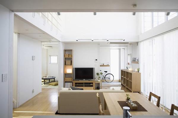 Không gian nhà màu trắng tối giản-1