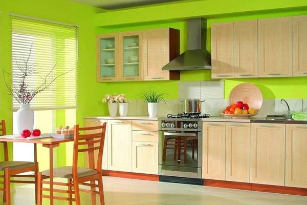 Không gian bếp màu xanh lá cây