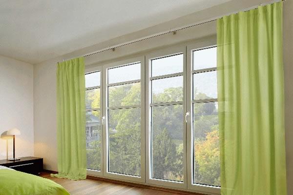 Trang trí phòng ngủ bằng rèm cửa màu pastel