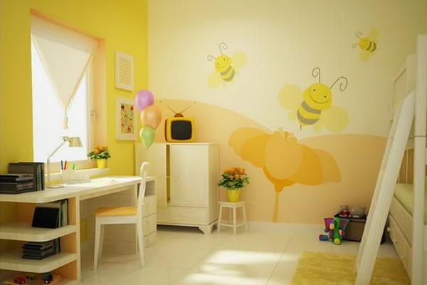 Không gian nhà màu vàng