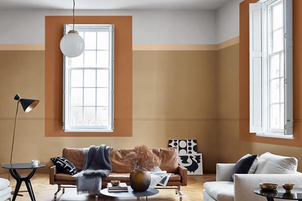 Không gian phòng khách với gam màu nâu ấn tượng