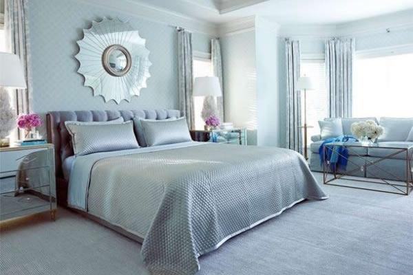 Không gian kết hợp giữa màu bạc và màu xanh dương