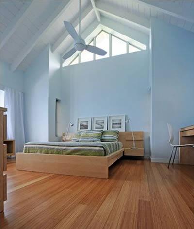 Không gian phòng ngủ màu xanh da trời
