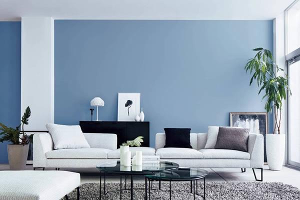 Không gian phòng khách màu xanh dương