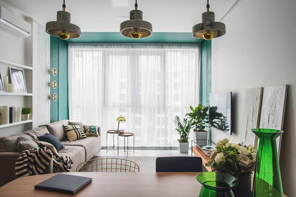 Nhà đẹp với cách sử dụng màu xanh và vàng đồng