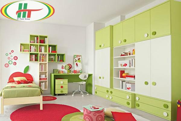 Phòng trẻ đẹp với ý tưởng kết hợp màu trắng với các đồ màu sắc rực rỡ khác
