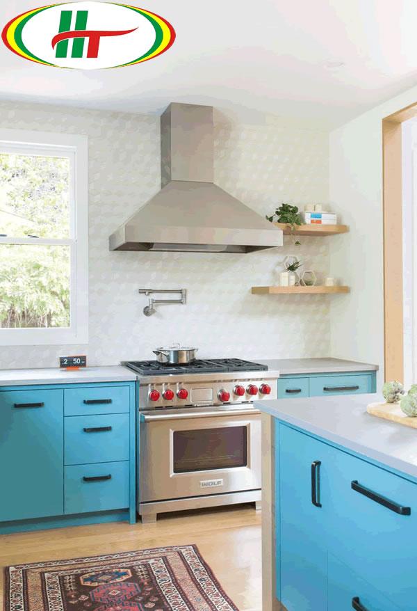 Tủ bếp sơn màu xanh da trời