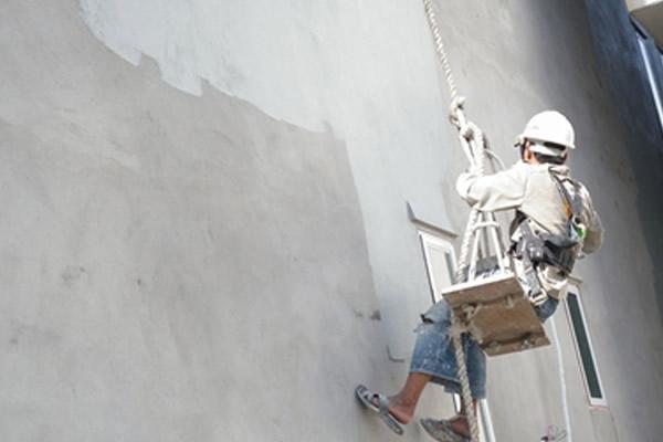Nguyên nhân, cách xử lý khi sơn ngoài trời bị phấn hóa