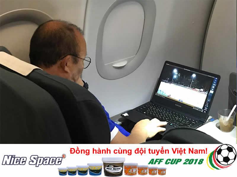 HLV Park Hang-Seo Trái tim trận Việt Nam - Philippines