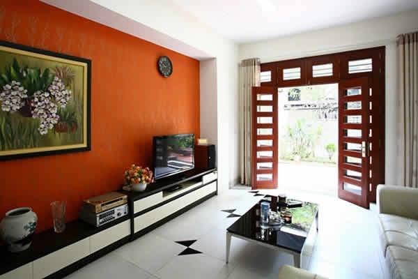 Không gian nhà đẹp nổi bật hơn với mảng màu nóng