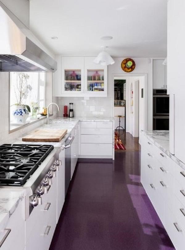 Ý tưởng trang trí nội thất phòng bếp với sắc tím ấm cúng mà cũng thật độc đáo