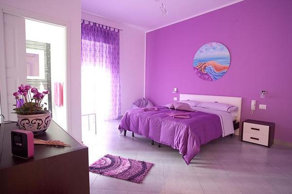 Gợi ý làm mới ngôi nhà với màu tím nhẹ nhàng mộng mơ