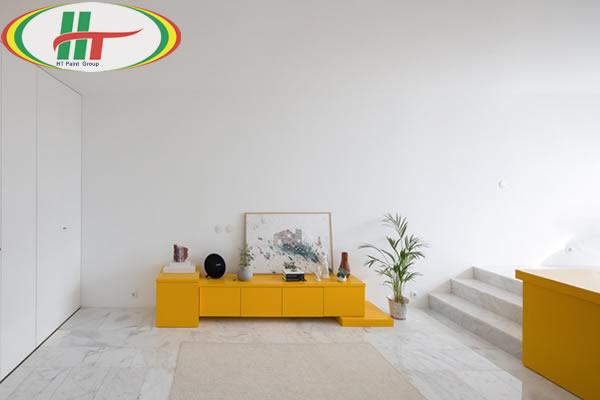 Ấn tượng với căn hộ trang trí nội thất màu vàng