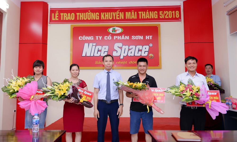 Hãng sơn Nice Space - lễ trao thưởng khuyến mãi tháng 5/2018
