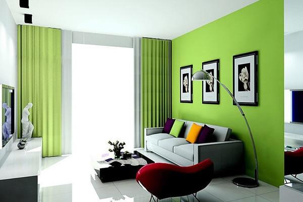 Không gian nhà nổi bật với màu xanh lá
