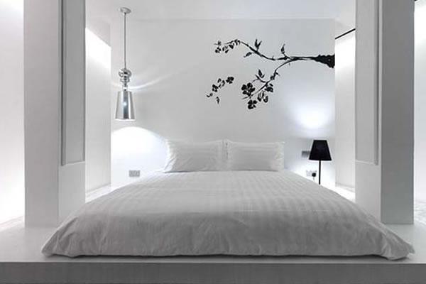 Ngắm nhìn không gian phòng ngủ màu xám kết hợp với trắng