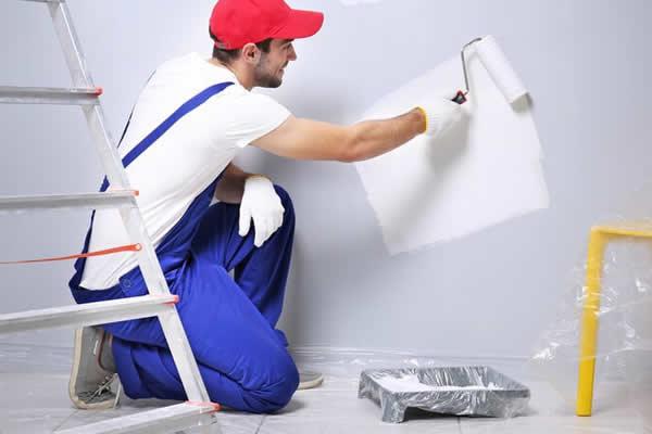 Tìm hiểu về vật liệu làm phẳng, mịn mặt tường trong thi công sơn nhà