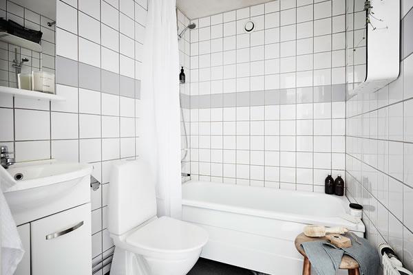 Ấn tượng với căn nhà sử dụng hai màu chủ đạo xám và trắng