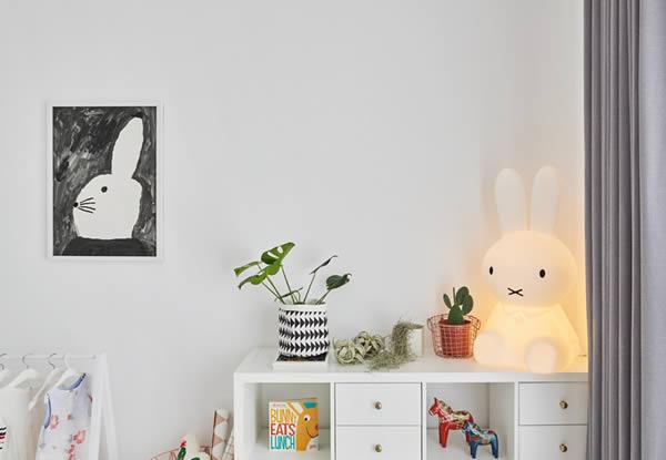Ý tưởng thêm điểm nhấn ấn tượng cho căn hộ màu trắng phong cách Scandinavian
